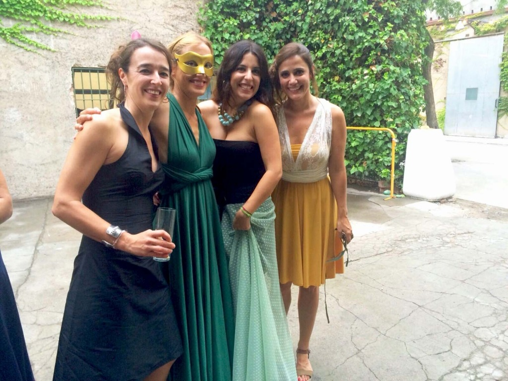 destination-wedding-barcelona-palo-alto-friends