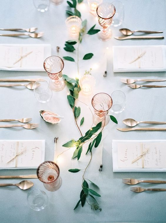 Rose-Quartz-Table-Decor-Wedding