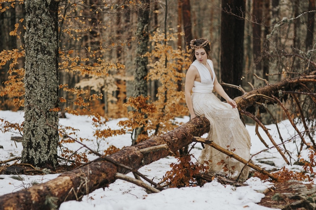 Bride-dress-winter-Mimetik-landscape