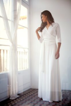 Long-sleeve-wedding-dress-Frida-Essential-Mimetik-Bcn