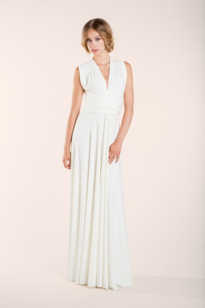 Gala-essential-ivory-bride-in-a-hurry-Mimetik
