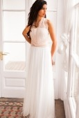 Lace-Wedding-Dress-Halter-Mimetik-Bcn