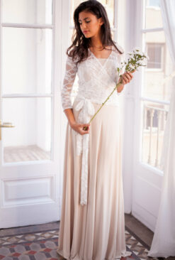 Lace wedding dress with sleeves, bohemian wedding dress, white lace dress, champagne bridal gown, lace gown, marriage, lace dres
