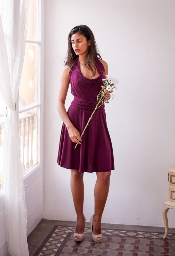 wine-short-dress-with-sleeves