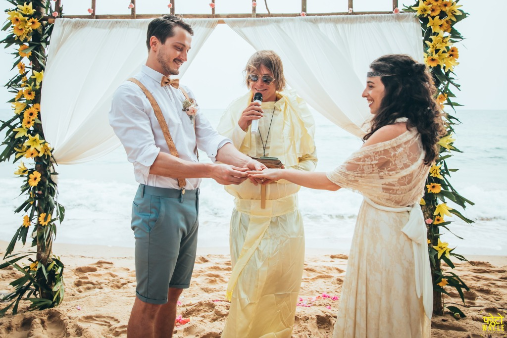bohemian-beach-wedding