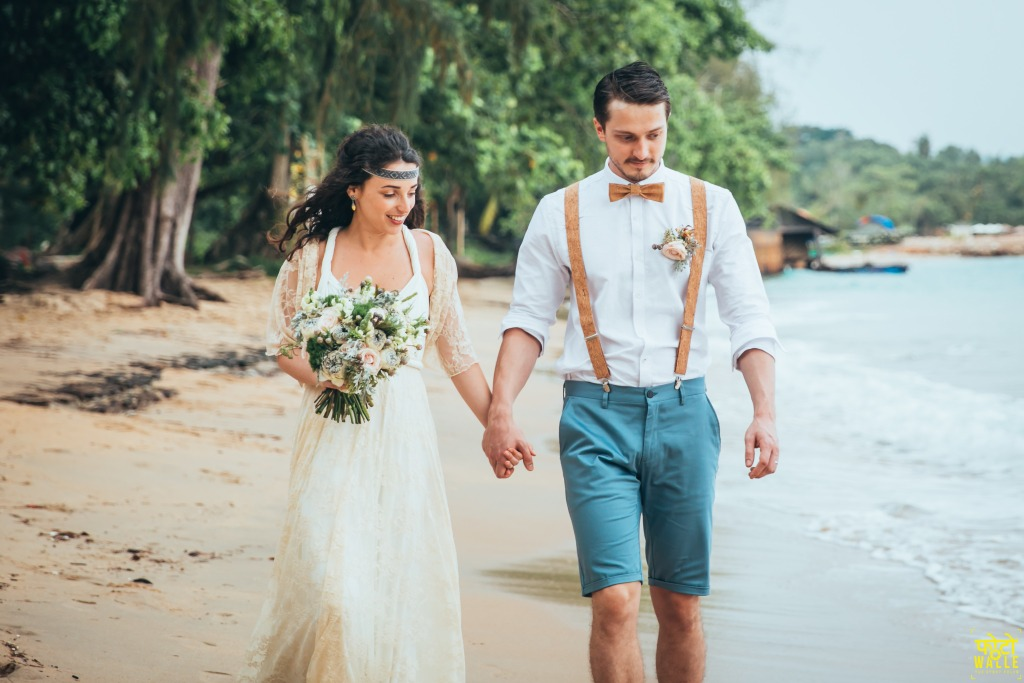 destination-wedding-on-the-beach