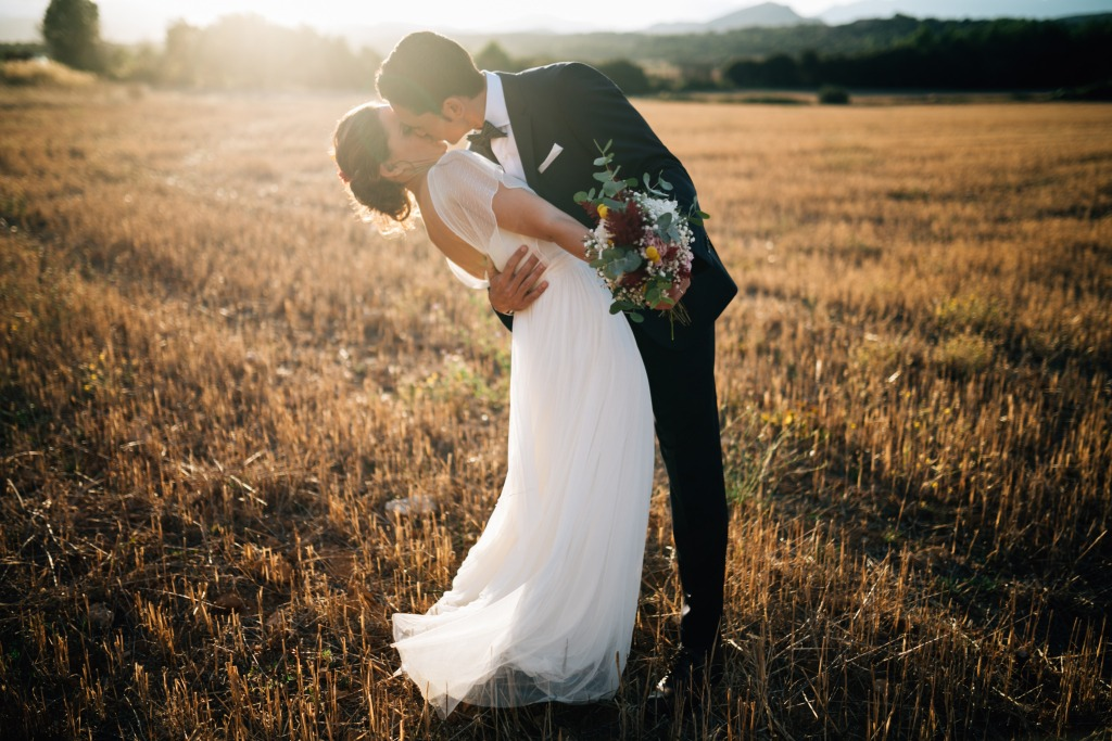 rustic wedding in the countryside