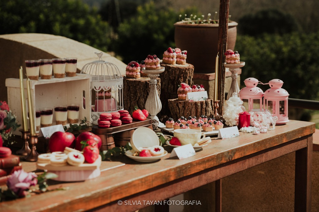 rustic sweet table wedding