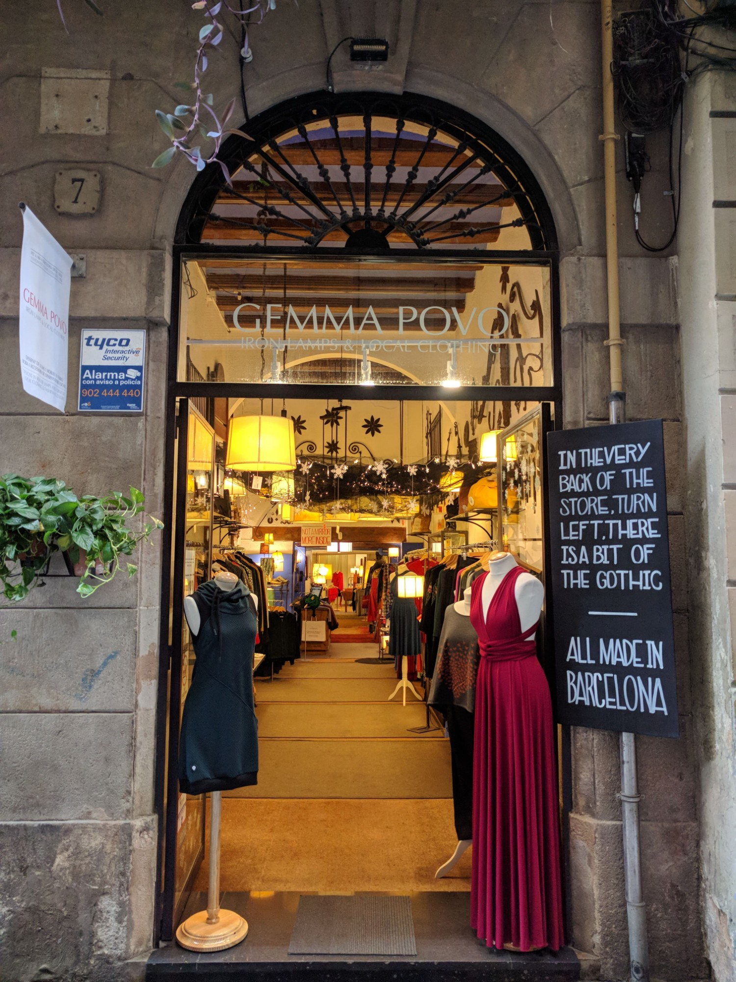 Gemma Povo mimètik point of sale Barcelona