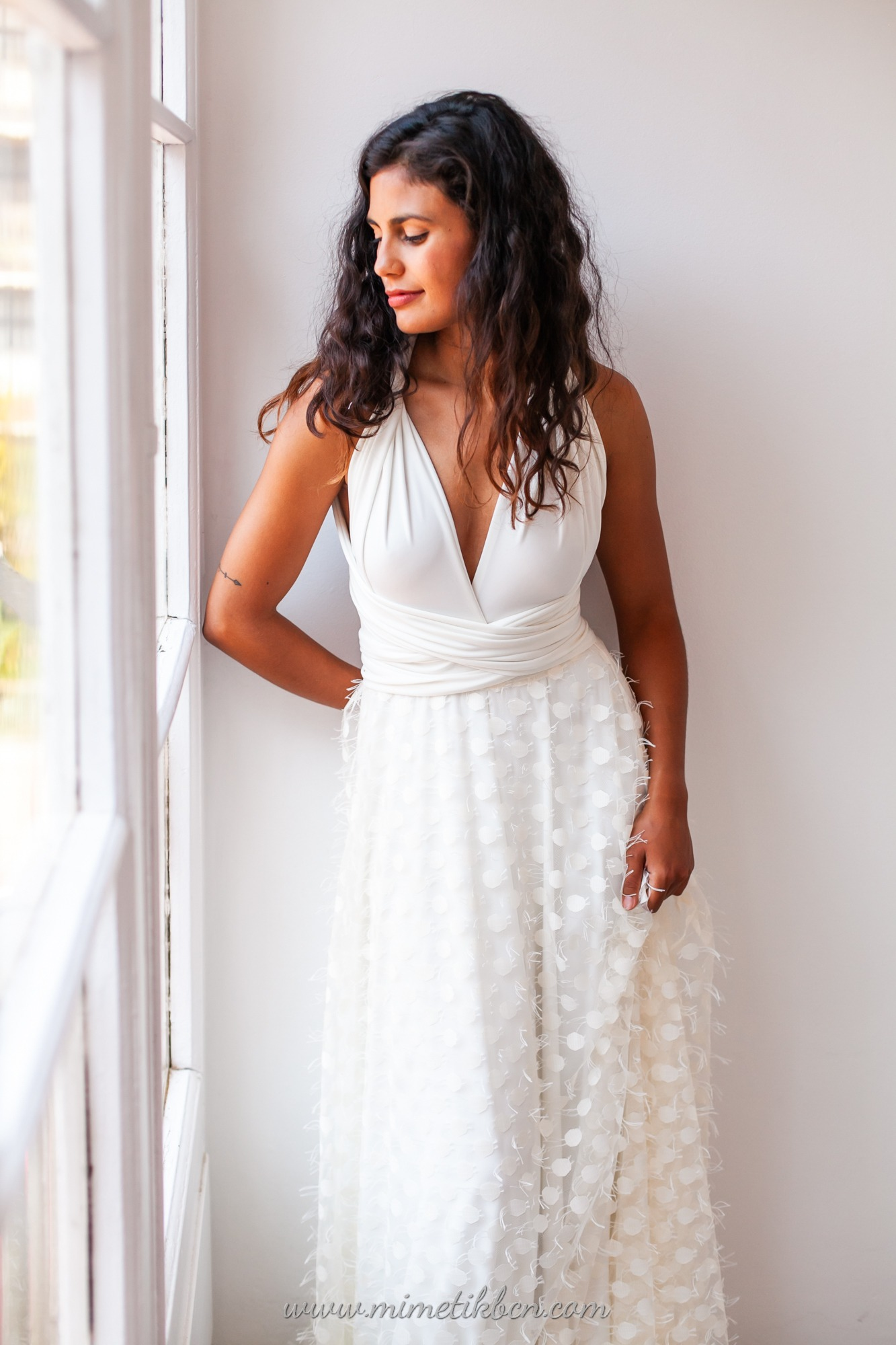 Multiposition wedding dress for the summer